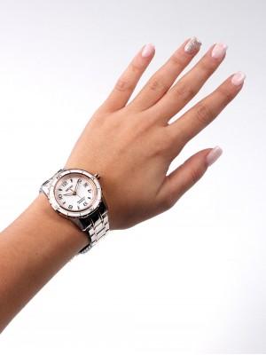 Дамски часовник Seiko Sportura SKA878P1
