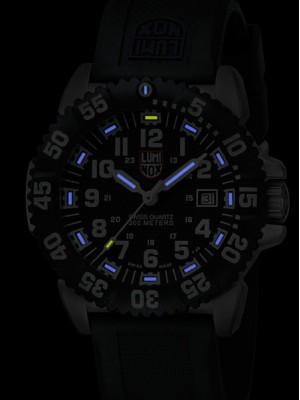 Мъжки часовник Luminox Steel Colormark A.3151