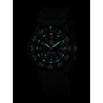 Мъжки часовник Luminox Original Navy Seal A.3001.BO