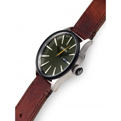 Мъжки часовник Nixon Sentry Leather A105-2334