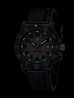 Мъжки часовник Luminox Black OPS A.8802